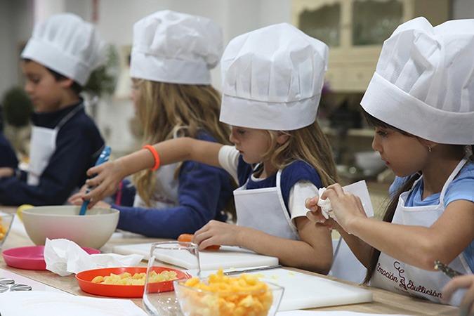 cursos-cocina-anuales-ninos-caceres-red